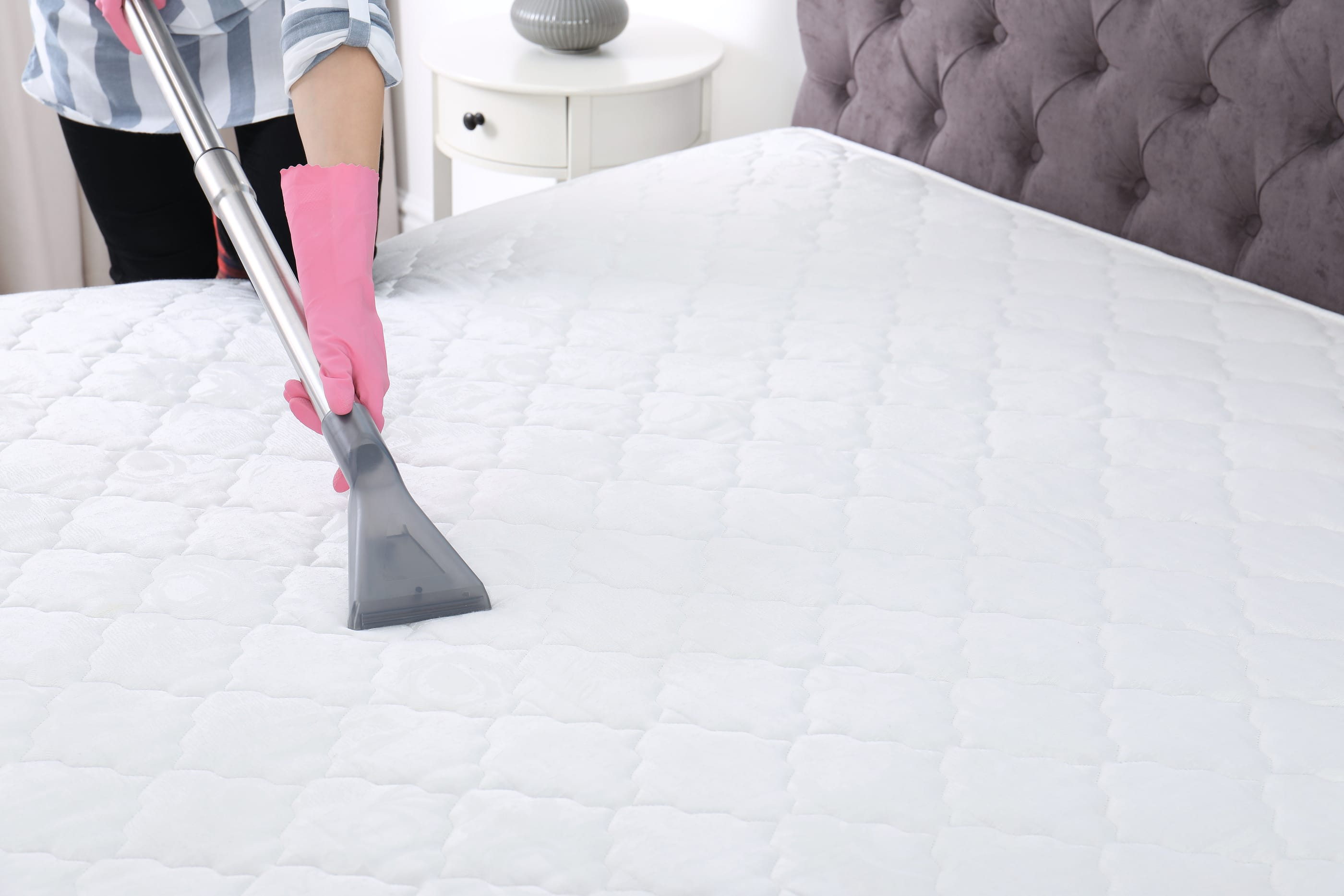 The Best Ways to Clean Your Mattress | The Maids