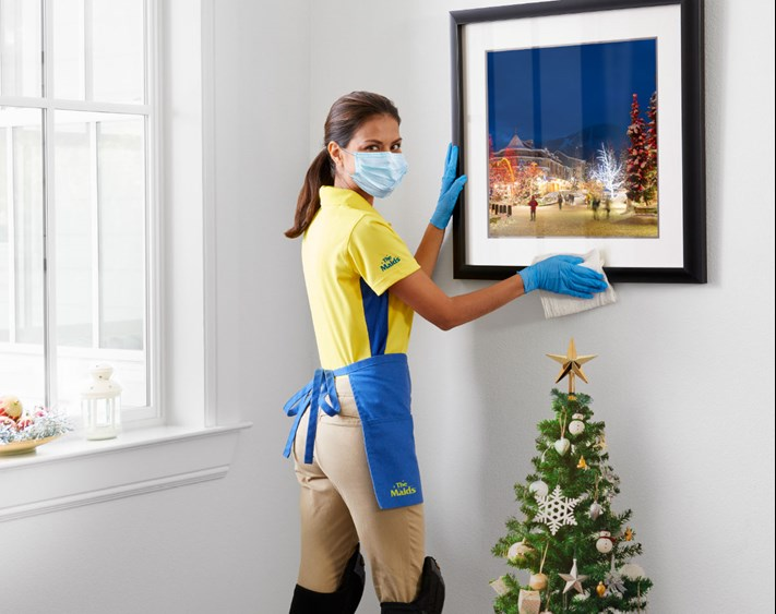 Holiday Cleaning Maid